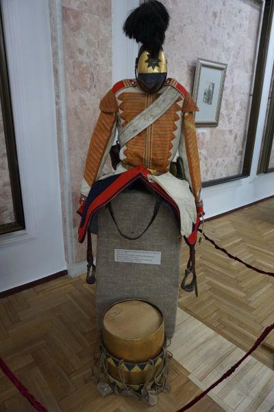 Národné múzeum histórie Moldavska - expozícia s historickými uniformami