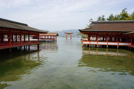 Zatopená svätyňa Icukušima