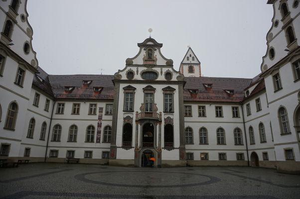 Nádvorie Kláštora sv. Manga v bavorskom mestečku Füssen