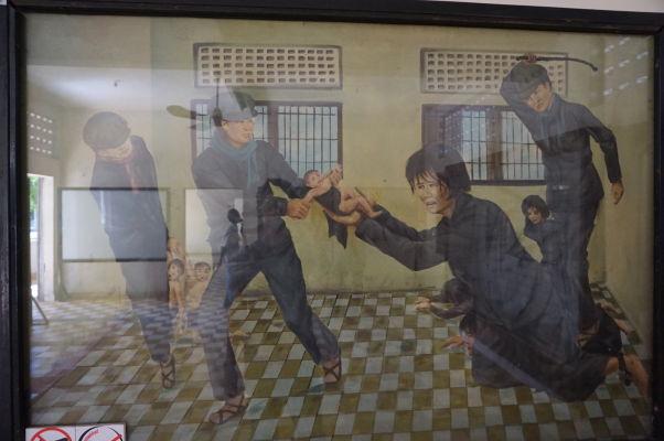 Bičovanie väzňov - Obraz vo väzení Tuol Sleng (S-21) v Phnom Penhu