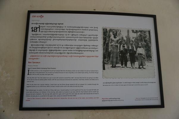 """Väzenie Tuol Sleng (S-21) v Phnom Penhu - jeden z príbehov dedinčanov - tento bol nakoniec so šťasným koncom, pretože muž, ktorého chceli Červení Kméri odvliecť a zabiť, sa zachránil vďaka milosrdenstvu svojho """"popravcu"""", ktorý sa po zistení, že tento muž mal 15 detí, rozhodol povedať nadriadeným, že tento muž už zomrel"""