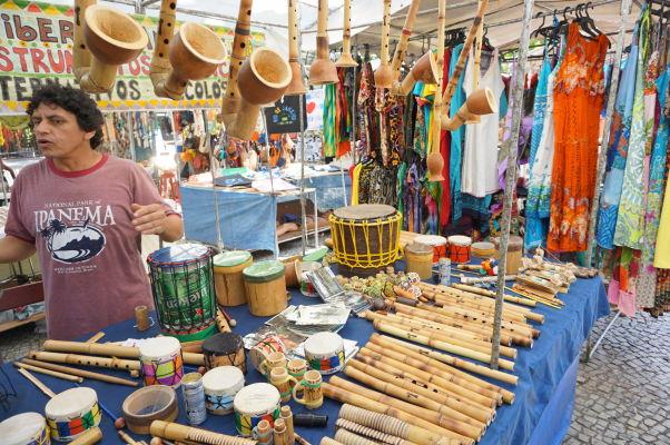 Tržnica neďaleko Copacabany v Riu de Janeiro
