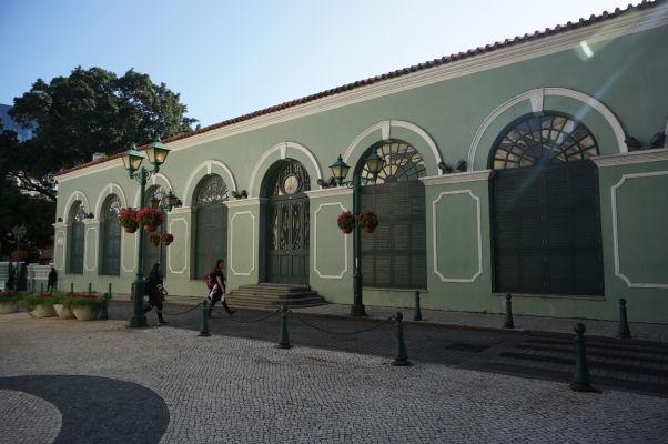 Divadlo Petra V. (Teatro Dom Pedro V) v Macau - prvé európske divadlo na Ďalekom východe