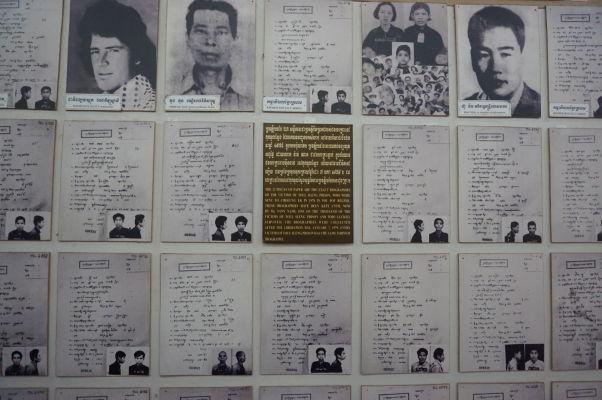 Vražedné polia Cheoung Ek - Miestne múzeum dokumentuje hrôzy režimu Červených Kmérov - záznamy z kartotéky obetí