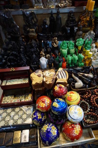 Ruský trh v Phnom Penhu - je obľúbený vďaka nižším cenám oproti iným trhom a nakúpite tu i suveníry