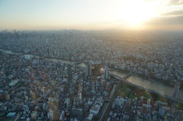 Tokyo Skytree - najvyššia veža sveta - vyhliadka na Tokio