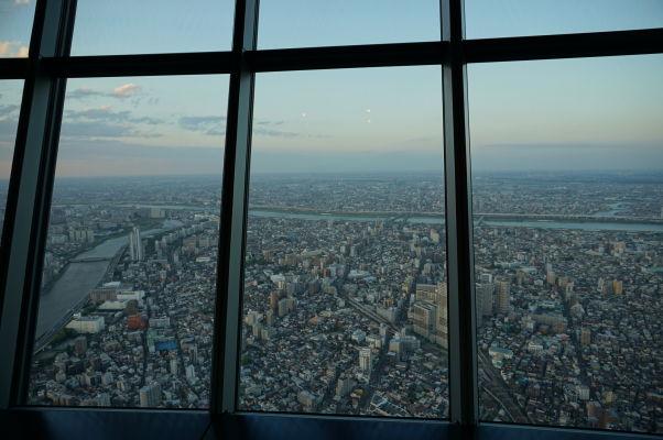 Tokyo Skytree - najvyššia veža sveta - výhľad na Tokio
