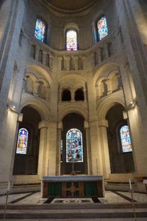 Katedrála sv. Anny - Oltár