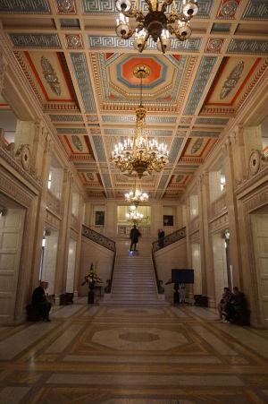 Hlavná chodba parlamentu Severného Írska v Belfaste