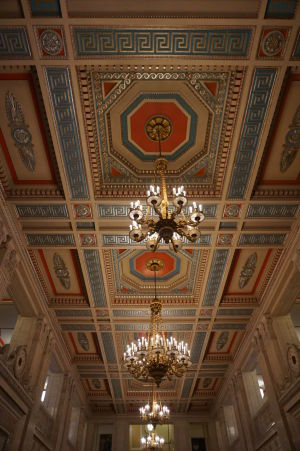 Hlavná chodba parlamentu Severného Írska v Belfaste - Strop