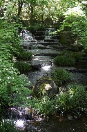Voda je dôležitým elementom každej japonskej záhrady