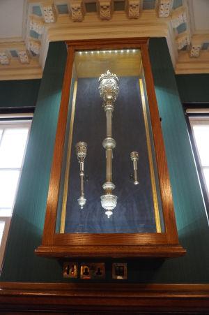 Symboly moci starostu Belfastu