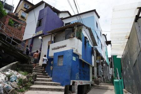 Farebné domčeky, typické pre favely
