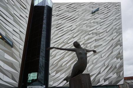 Múzeum Titanicu - Socha nazvaná Titanica, vyjadrujúca nádej