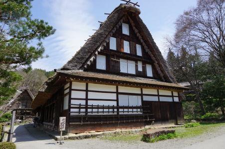 Jeden z najväčších domov v skanzene Hida no Sato