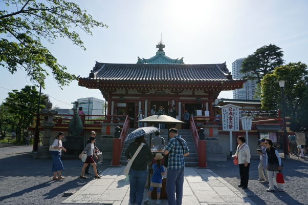 Svätyňa Šinobazunoike Bentendo v parku Ueno v Tokiu