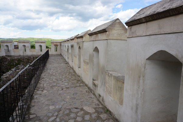 Hradby Korvínovho hradu v Hunedoare