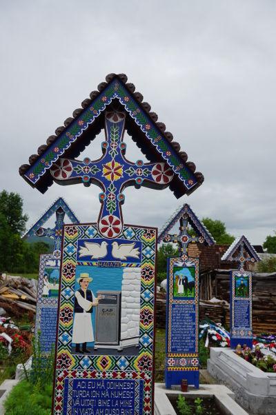 Veselý cintorín v Săpânțe - Žeby miestny poštár?