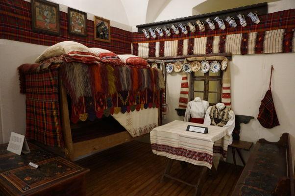 Múzeum v pevnosti vo Fagaraši má i sekciu venovanú folklóru