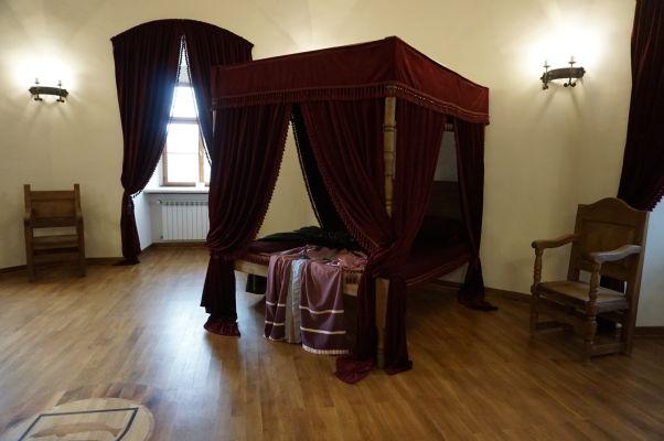 Rekonštrukcia spálne manželky transylvánskeho kniežaťa v pevnosti vo Fagaraši
