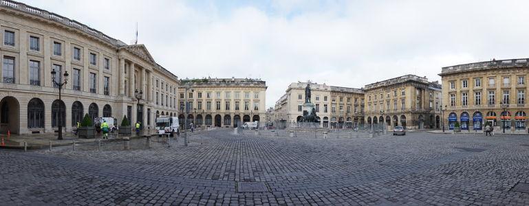 Námestie Place Royale v Reims