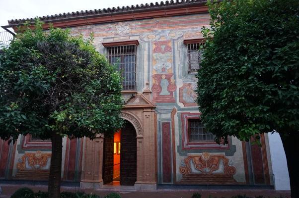 Historická budova v Córdobe hosťujúca galériu venovanú maliarovi Juliovi Romerovi de Torres z 19. storočia (Museo Julio Romero De Torres)
