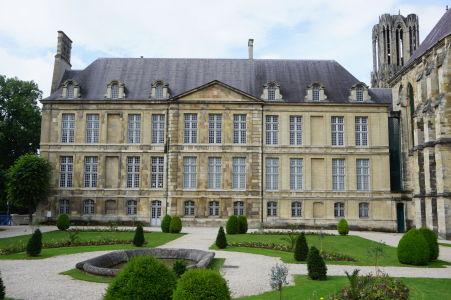Arcibiskupský Palác Tau v Reims, dnes múzeum