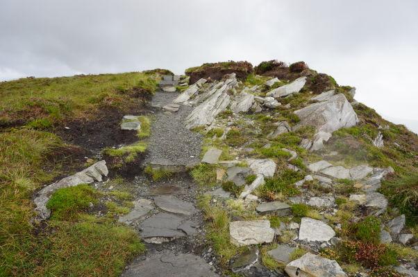 Tesne pod vrcholom Diamantovej hory (Diamond Hill) v národnom parku Connemara National Park v Írsku