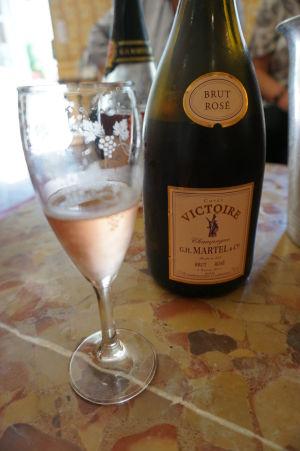 Ochutnávka šampanského vo vínnej pivnici v Reims