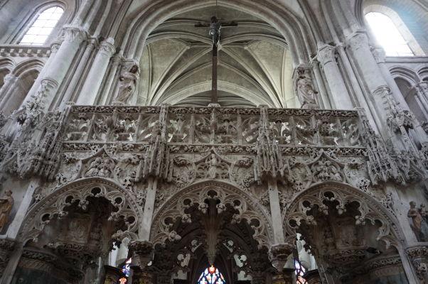 Kostol sv. Magdalény (Église Sainte-Madeleine) v Troyes - Bohato zdobený chór