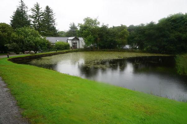 Návštevnícke centrum národného parku Connemara National Park v Írsku