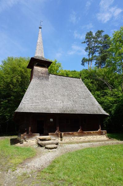 Drevený kostolík v skanzene v Sibiu