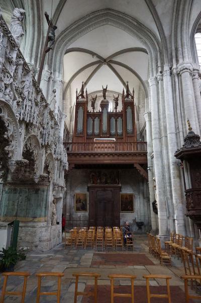 Organ zo začiatku 20. storočia v Kostole sv. Magdalény (Église Sainte-Madeleine) v Troyes