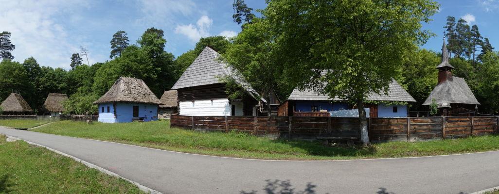 Drevené domčeky v skanzene v Sibiu