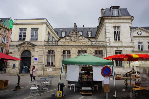 Budova banky Credit Lyonnais na námestí Place Audiffred v Troyes