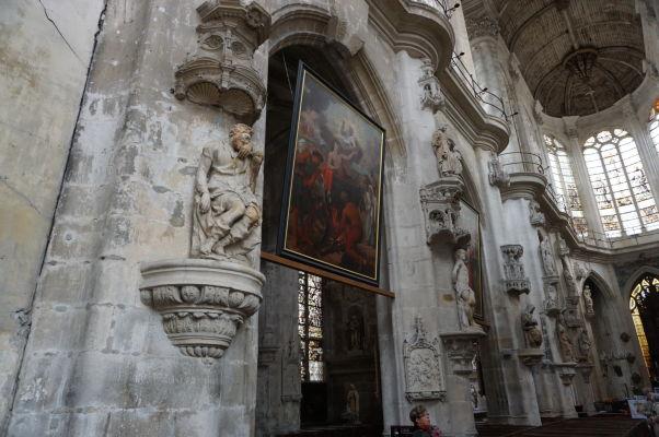 Sochy hlavnej lode kostola sv. Panteléona (Église Saint-Pantaléon) v Troyes