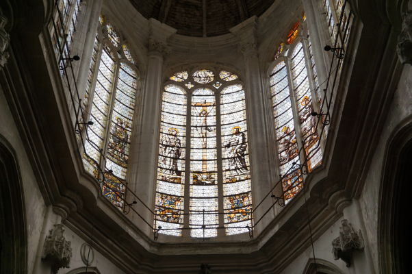 Vitrážové okná kostola sv. Panteléona (Église Saint-Pantaléon) v Troyes