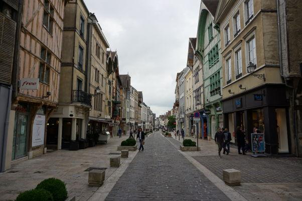 Polodrevené domy v Troyes