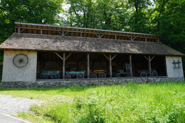 Drevené vozy v skanzene v Sibiu