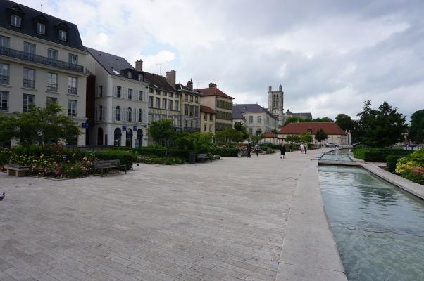 Námestie oslobodenia (Place de la Libération) v Troyes