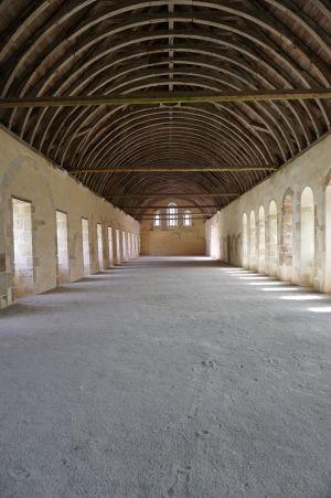 Ubytovňa mníchov (dormitórium) - všetci spali v jednej miestnosti, strop pochádza z 15. storočia a pripomína prevrátenú loď