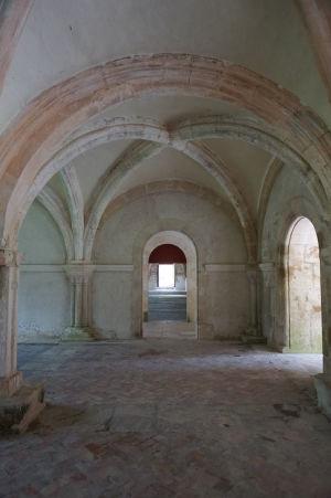 Útroby kapitulnej sály, kde sa stretával opát s mníchmi