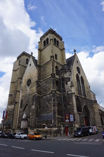 Divadlo Théâtre Dijon-Bourgogne, sídliace v bývalom Kostole sv. Jána z Dijonu