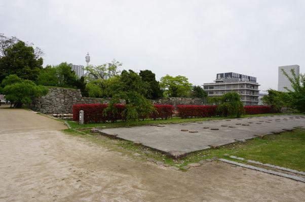 Zrekonštruované nádvorie hradu v Hirošime