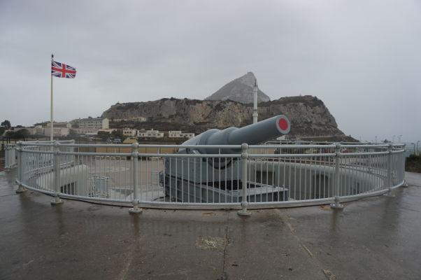 Hardingova artiléria na Europa Pointe na Gibraltári