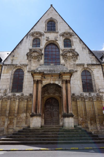 Pôvodný vstup do Justičného paláca v Dijone, niekdajšieho Dijonského parlamentu