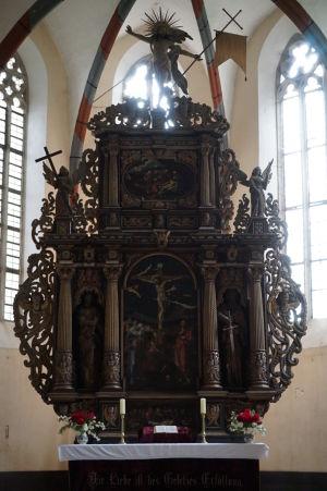 Hlavný oltár Kláštorného kostola