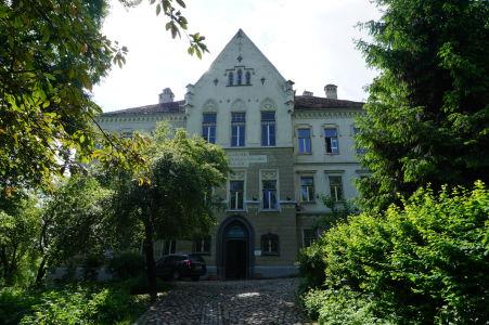 """""""Škola na kopci"""", resp. nemecké Lýceum Josepha Haltricha"""