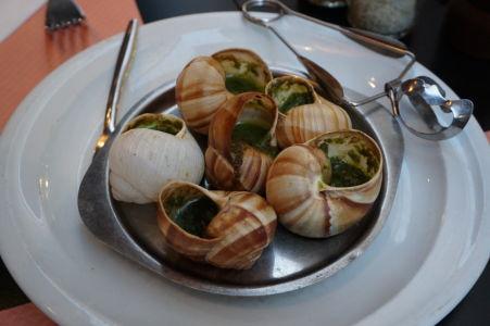 Slimáky, tradičná francúzska pochúťka