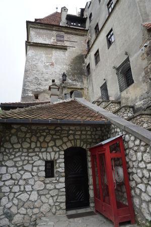 Vstupný portál do hradu Bran